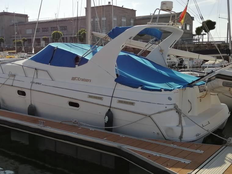 Cruisers Yachts Cruisers 3375