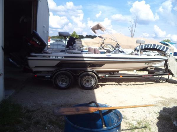 Skeeter SL 210 Fish & Ski