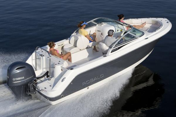 Robalo R227 Dual Console Manufacturer Provided Image