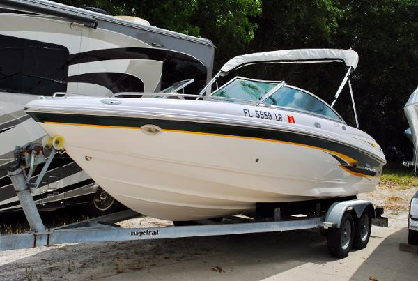 Chaparral 196 SSi used-chaparral-boat-for-sale-2001-chaparral-196-ssi-bowrider