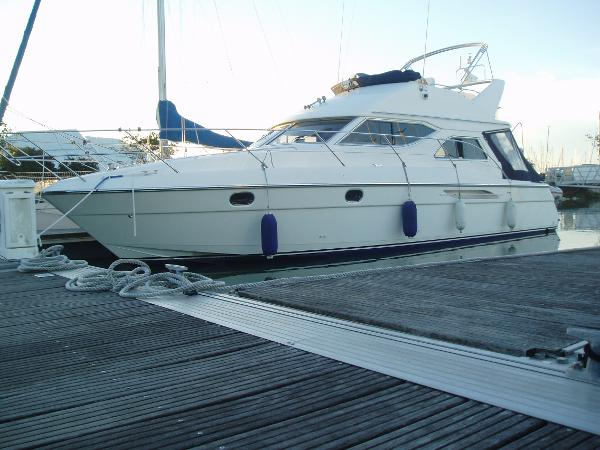 Marine Projects Princess 360 FLY