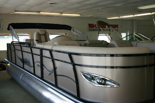 Bentley Pontoons 220 Elite Cruise