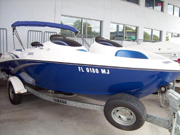 Yamaha Sport Boat 210 LX Twin 45 Hours