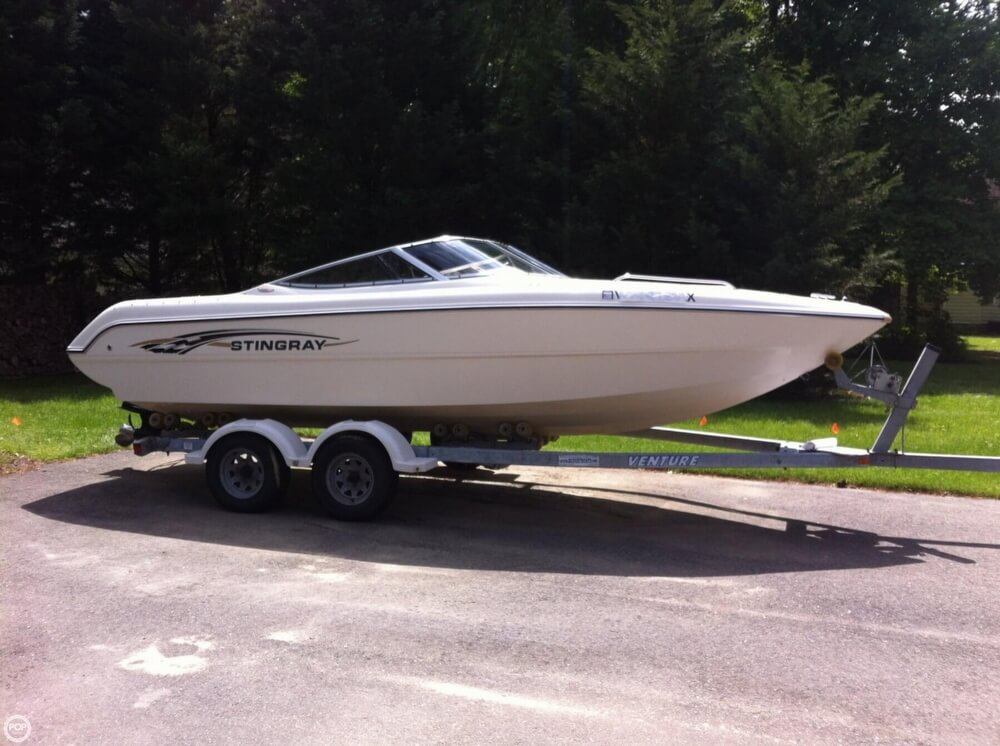 Stingray 220 LX 2002 Stingray 21 for sale in Carrollton, VA