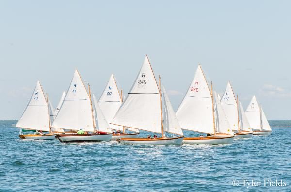 Doughdish Herreshoff 12.5 Sisterships Racing
