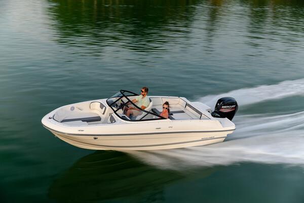 Bayliner VR4 Outboard