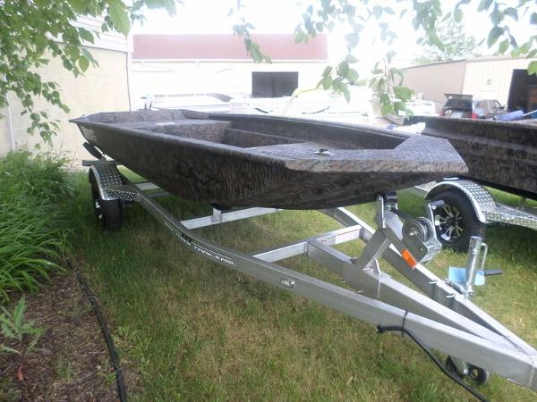 Xpress Boats HD15DBX