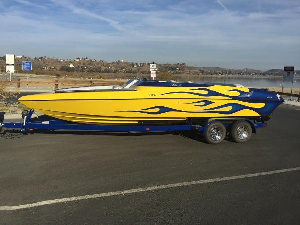 Essex Performance Boats Valor
