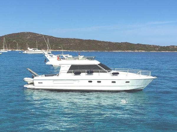 Ferretti Yachts 39 14b7166a-45fd-4f6b-a8ee-cd19e72642c3
