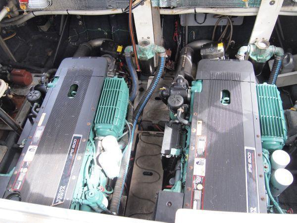 Volvo IPS Engines