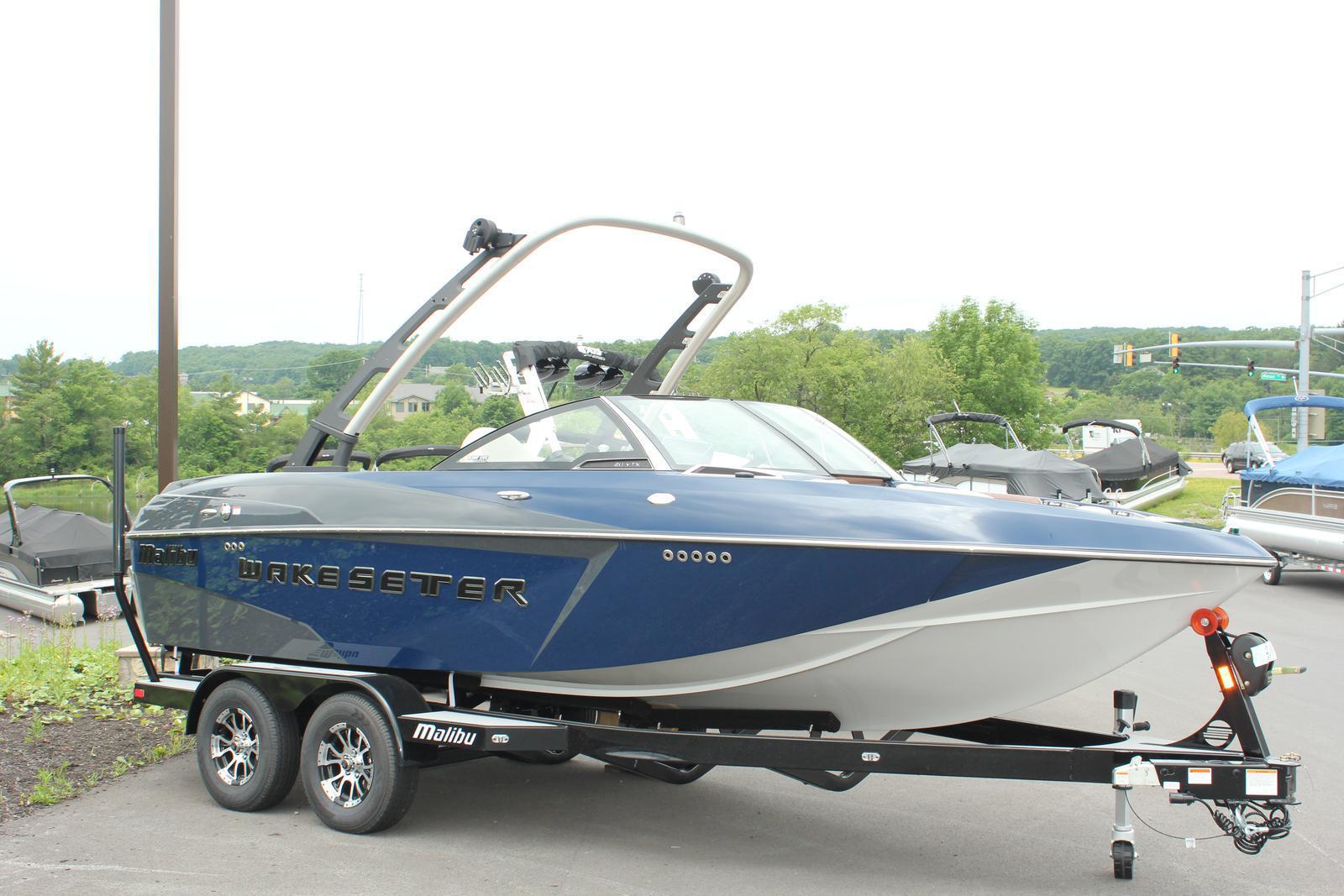 Malibu Boats LLC 20VTX