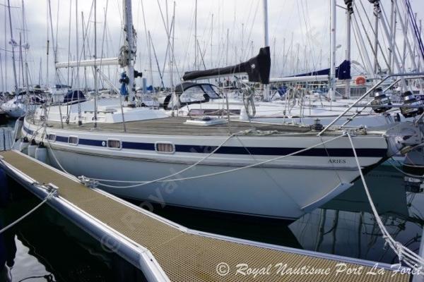 JFA Yachts 45 Deck Saloon JFA 45 Deck Saloon