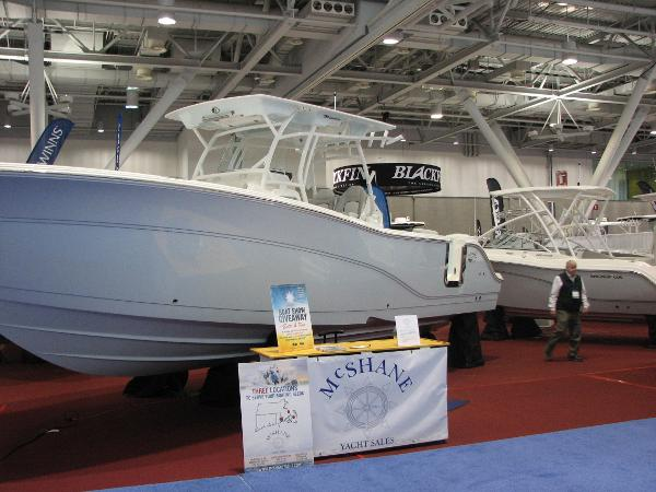 Sea Fox 328 Commander Profile
