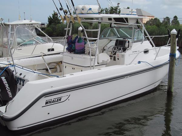 Boston Whaler 29 Outrage