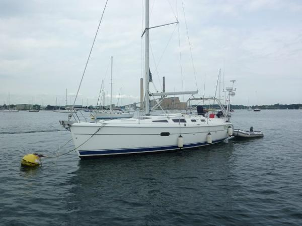 Hunter 356 Featured Pic on Mooring