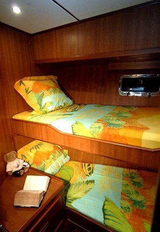 Adagio 48 Twin Cabin