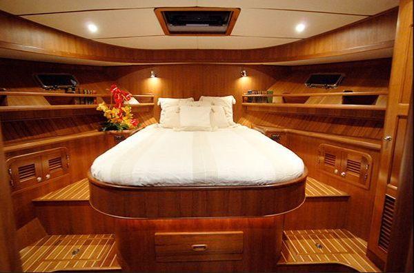 Adagio 48 Cabin