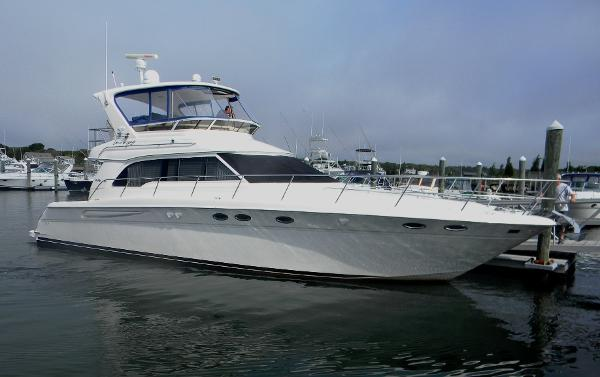 Sea Ray 480 Sedan Bridge Profile