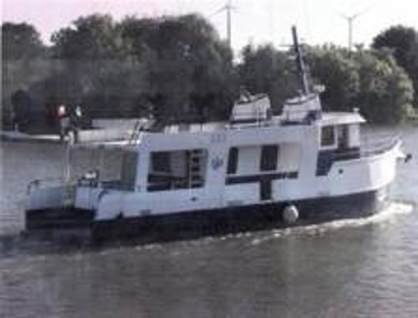 Custom 57' x 18' x 6.5' Steel Custom Built Trawler/Liveaboard
