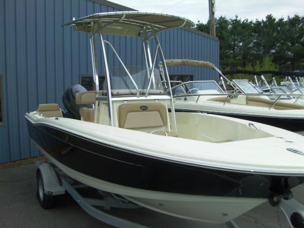 Scout Boats 195 Sportfish