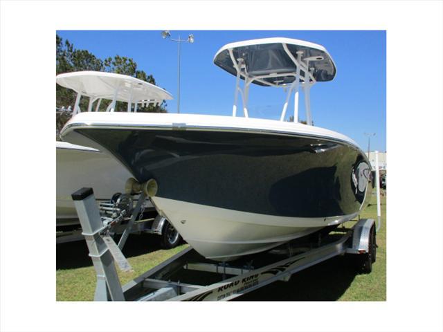 Tidewater Boats 220 LXF