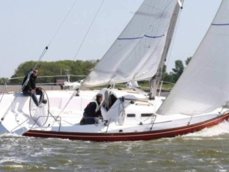 Friendship 30 Breeze