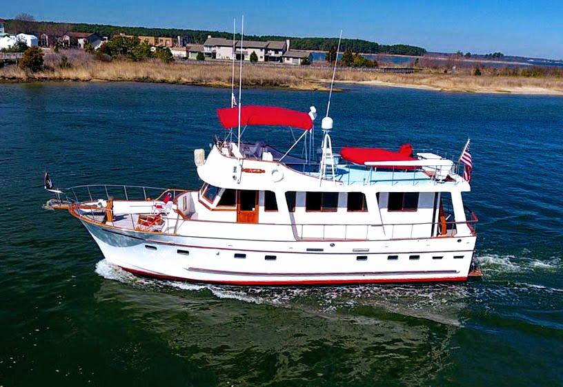 Marine Trader Motor Yacht mona drone pic2.jpg