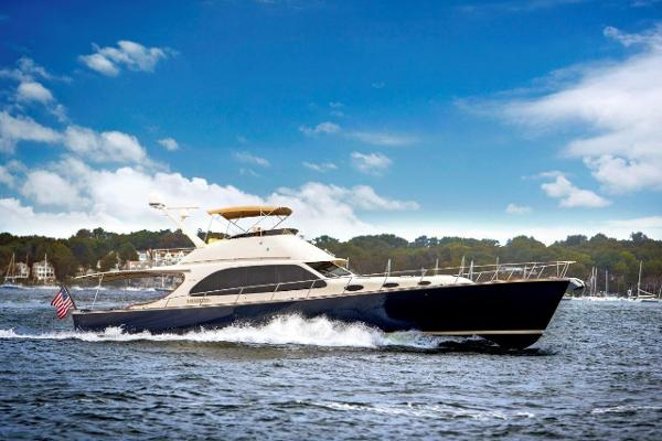 Palm Beach Motor Yachts PB65 Brochure