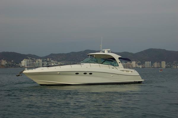 Sea Ray 525 Sundancer