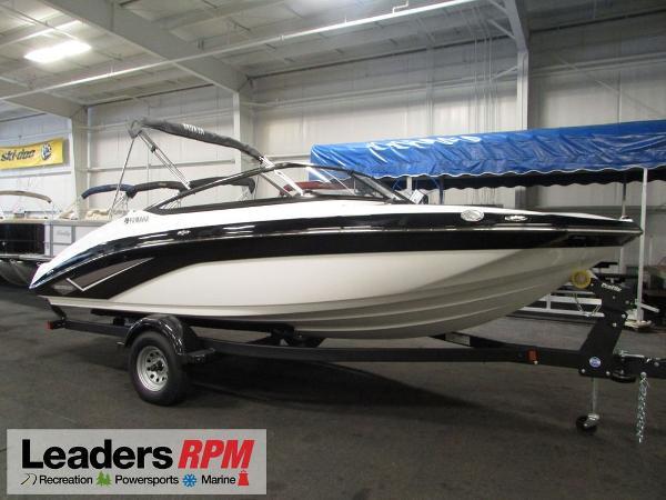Yamaha Boats 195 SX