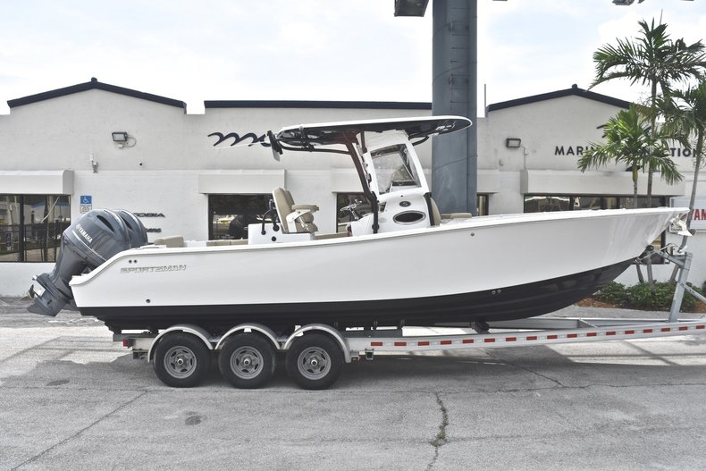 Sportsman Open 282 TE Center Console