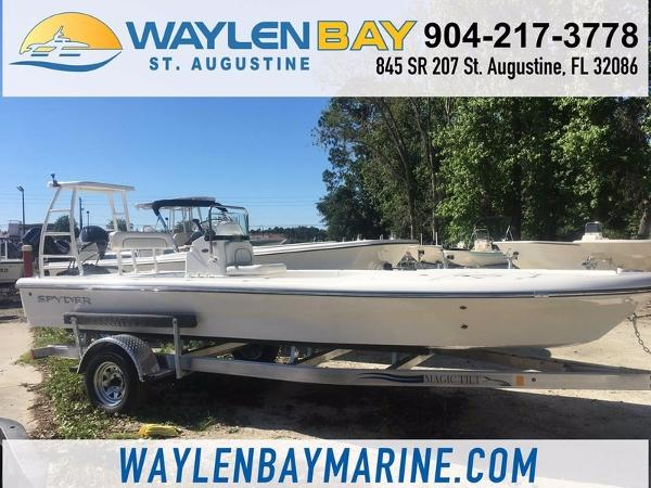 Spyder Boats FX 19