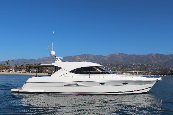 Riviera 4700 Sport Yacht Riviera Sport Yacht