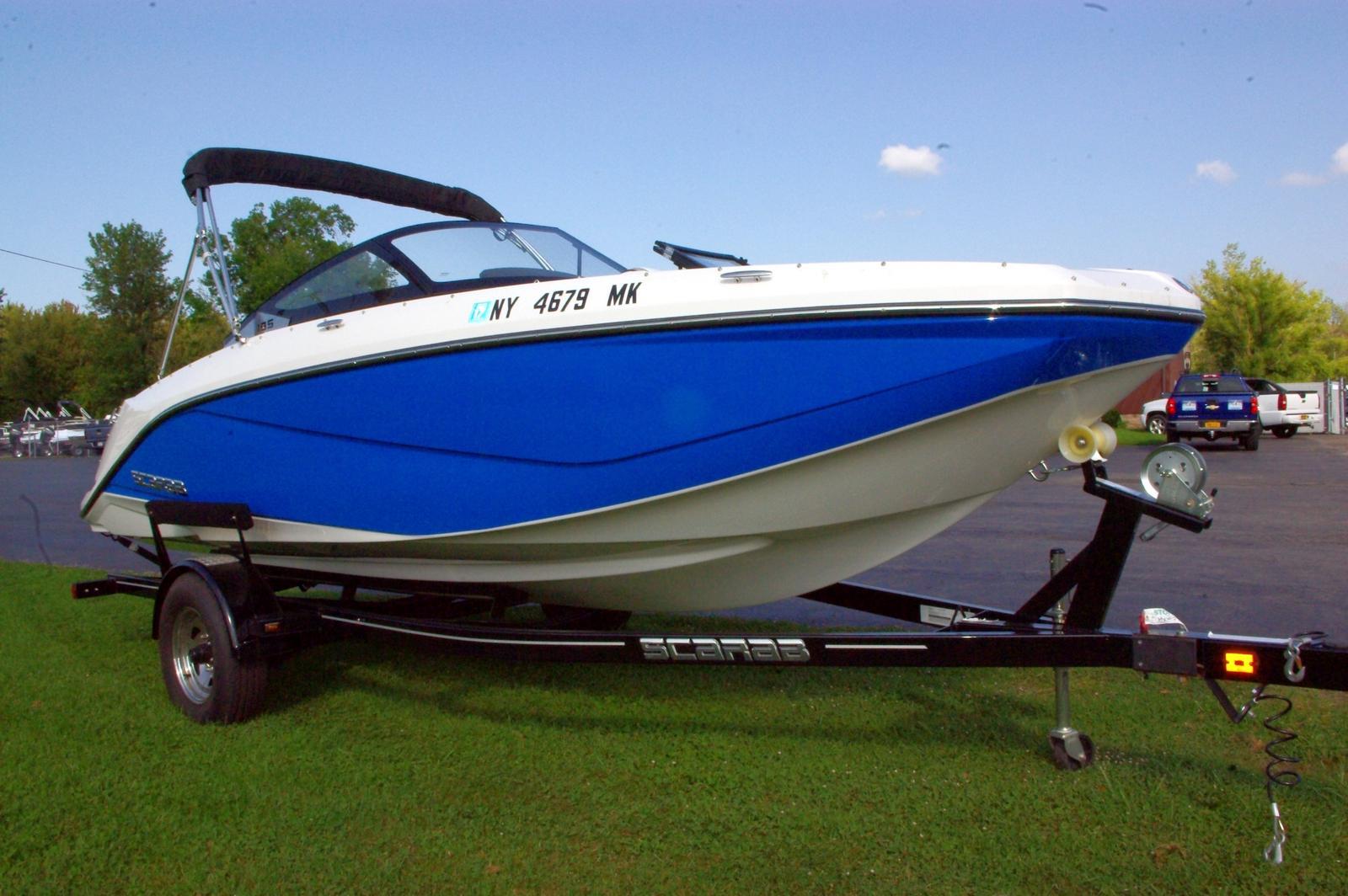 Scarab Jet boat 195