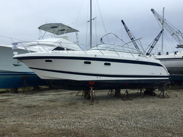 Chris craft 300 express cruiser boats for sale for Chris craft express cruiser for sale