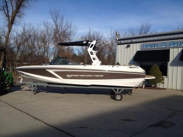 Nautique Super Air GS22 Open Bow