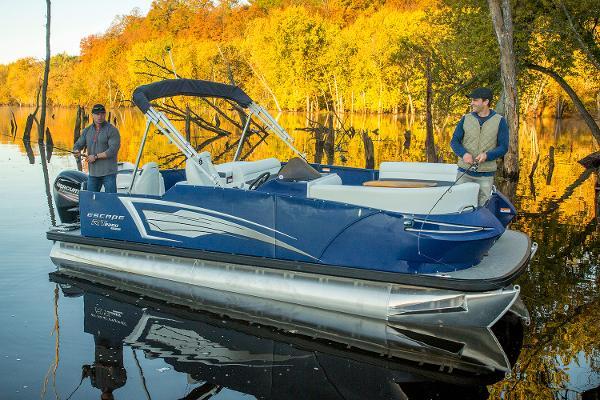 Larson Escape RT 2200 Fish & Cruise Twin Manufacturer Provided Image