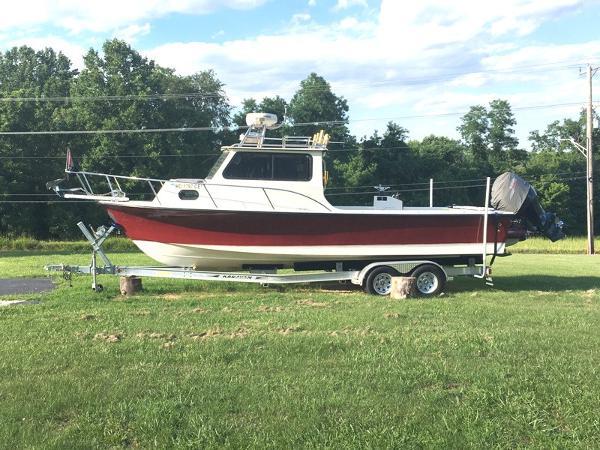 C-hawk Boats 25 Sport Cabin