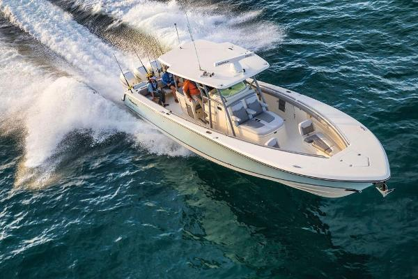 Mako 414 CC Family Edition Manufacturer Provided Image