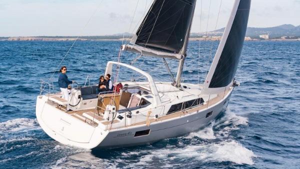 Beneteau Oceanis 41.1 BENETEAU - OCEANIS 41.1 - exteriors