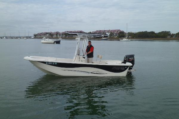 Carolina Skiff 198 DLV PORT UNDERWAY