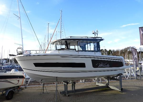 Jeanneau Merry Fisher 895 Marlin Offshore- IN STOCK NOW Merry Fisher 895 Marlin