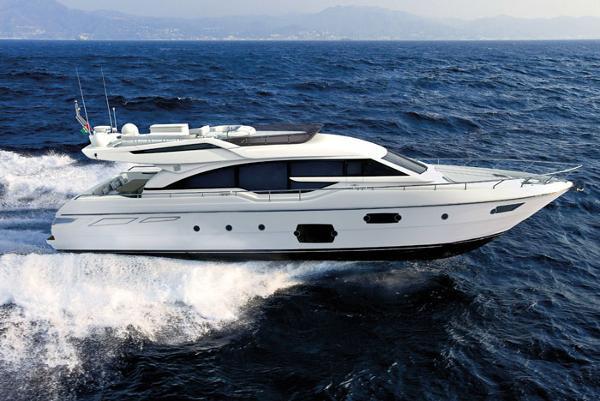 Ferretti Yachts 690 Exterior
