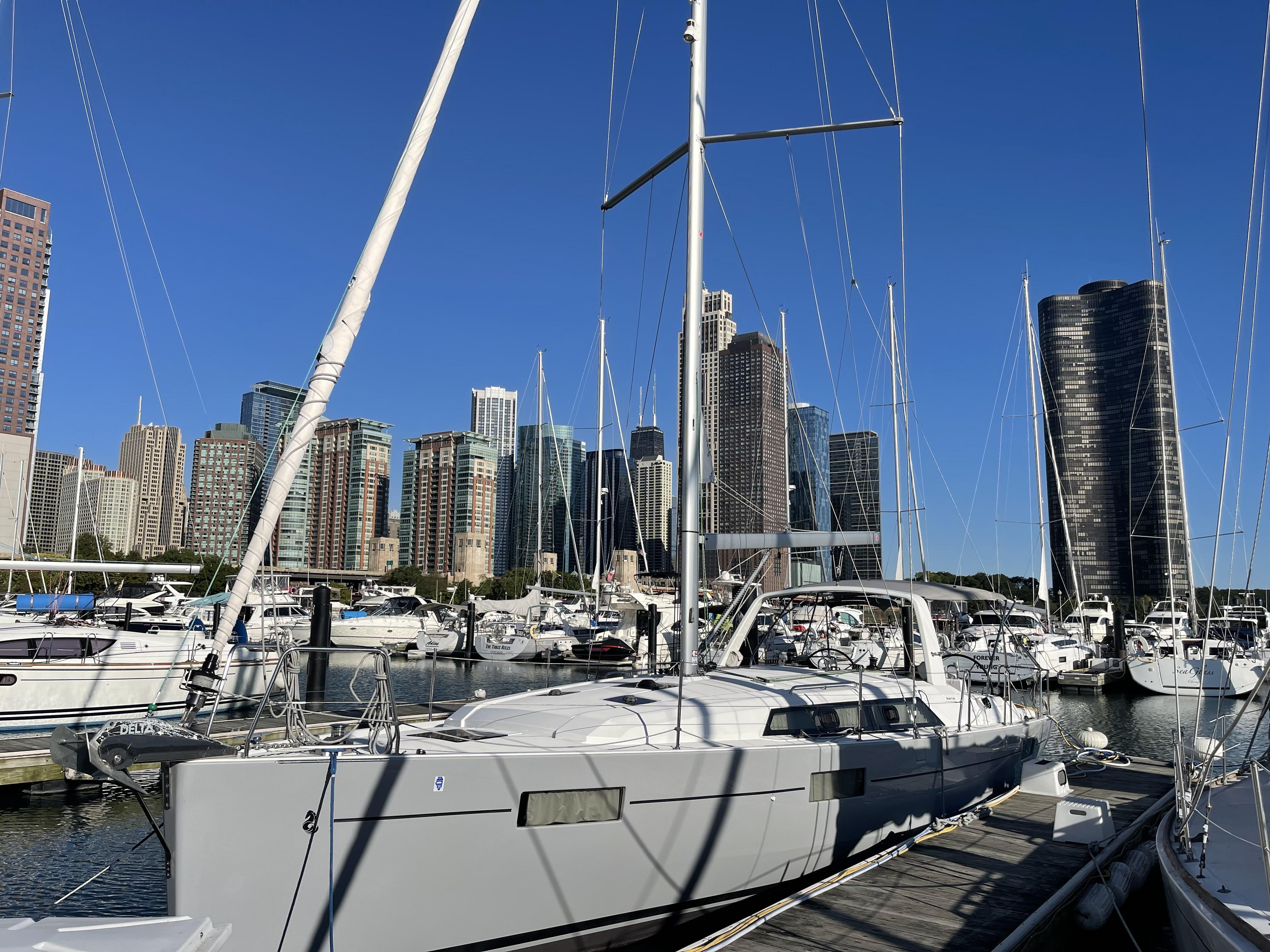 Beneteau Oceanis 41.1 At dock