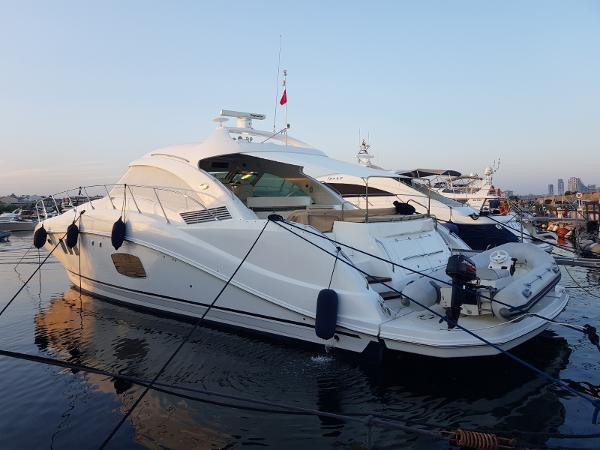 Sea Ray Sundancer 55
