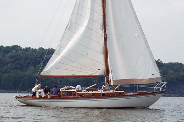 "Cheoy Lee Lion (35') -1993 Yanmar diesel ""Cracker Jack"""