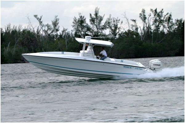Marlin Yachts Center Console 31FM