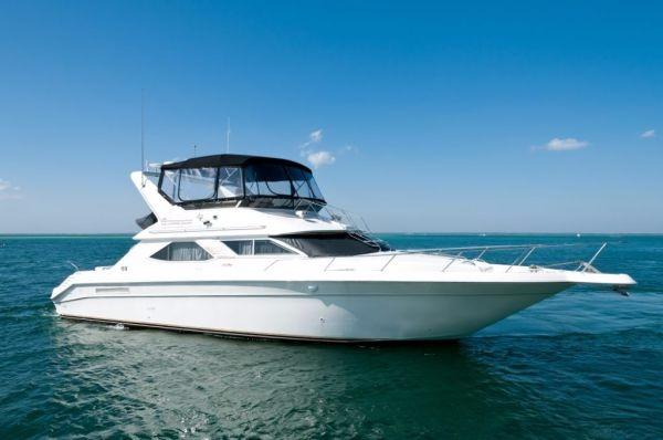 Sea Ray 440 Express Bridge Profile