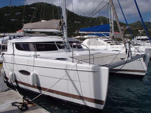 Fountaine Pajot Lipari 41 LIPARI 41 FOR SALE IN THE CARIBBEAN
