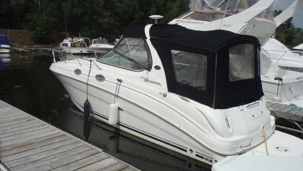 Sea Ray 280 Sundancer Profile
